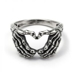"Jeulia ""Loyalty and Love"" Claddagh Sterling Silver Men's Ring"
