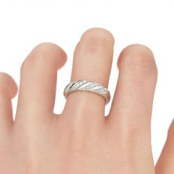 Jeulia Twist Round Cut Sterling Silver Women's Band