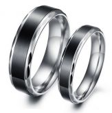 Jeulia Cool Black Titanium Steel Couple Rings